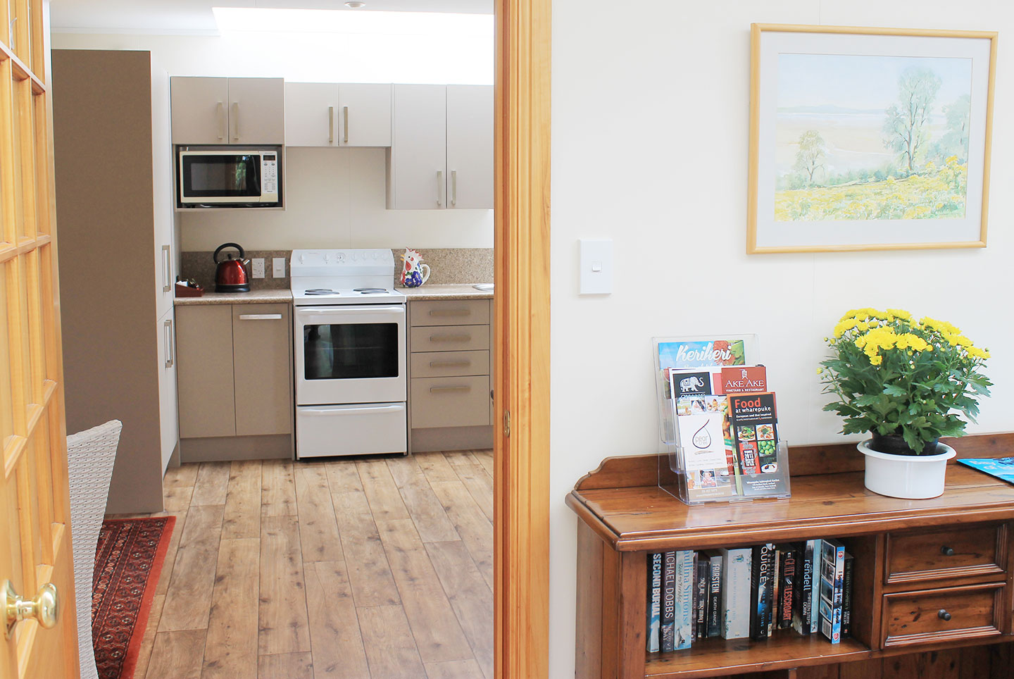 Fully equipped kitchen at the carriage house self catering accommodation kerikeri