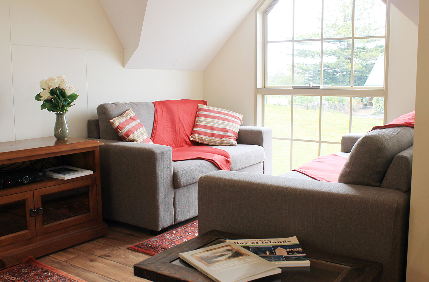Comfortable lounge at the carriage house self catering accommodation